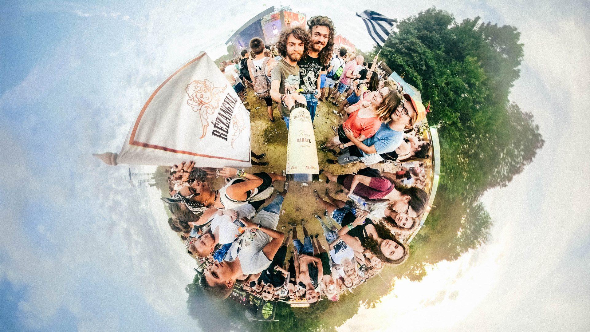 Tiny World of Rézangyal – The best festival campaign by HEYTHERE agencyTiny World of Rézangyal – The best festival campaign by HEYTHERE agency
